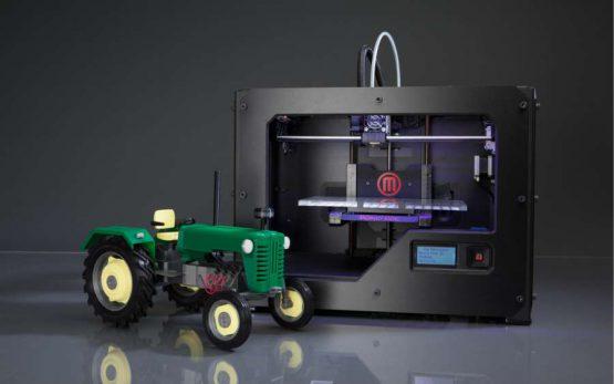 3d printer printed tractor