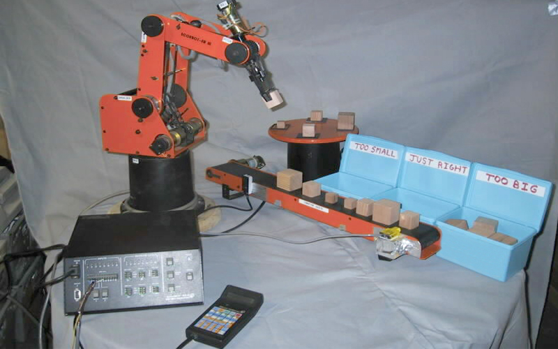 axis robot arm